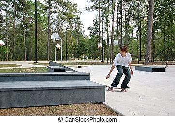 Teen Skater im Park
