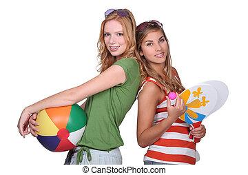 Teenager, bereit für den Strand