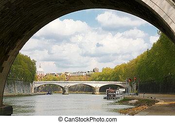 Tiber River in Rom