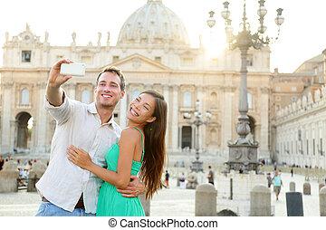 Touristen Paar von Vatican Stadt in Rom