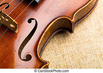 Violin in der Nähe.