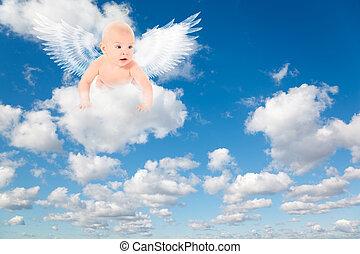 Weiße, flauschige Wolken im blauen Himmel. Hintergrund aus den Wolken.