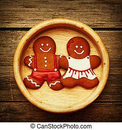 Weihnachts-Ingwerkuchen-Paar.