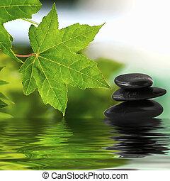 Zen-Steine auf Wasser